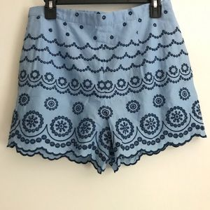 Southern Tide women's size 8 embroidered shorts.